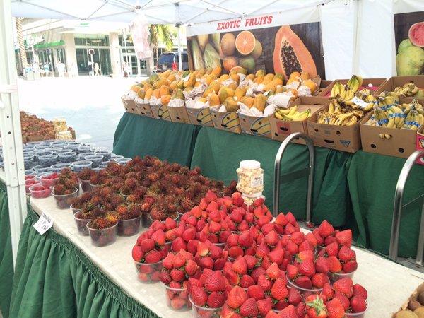 frutas en Lincoln Rd