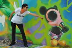 https://www.partner.viator.com/es/16674/tours/Miami/Miami-Food-and-Art-Walking-Tour-of-Wynwood-Neighborhood/d662-5304WYNW